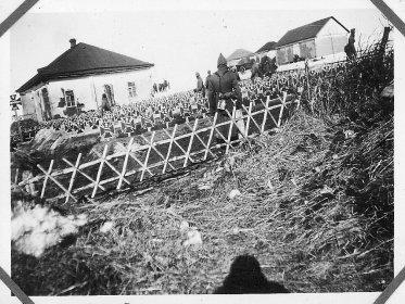 Немецкое кладбище в Западенька (Sabotenka), ранняя весна 1942 года